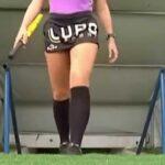【画像・ビデオあり】ブラジルの美しすぎるサッカー副審 フェルナンダ・コロンボ・ウリアナ Fernanda Colombo Uliana