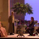 人生初オペラ「コジ・ファン・トゥッテ」新国立劇場のプロセニアム @ariorio