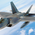 米軍:シリア領内「イスラム国」も空爆 中東5カ国も参加 1機250億円のF22ステルス爆撃機のラプターも投入!