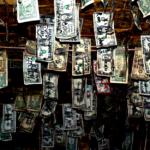 20代の70%が毎月6万2000円(546ドル)をドブに捨てている理由