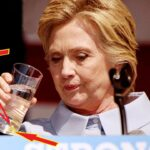 911セレモニー中に、フラフラとなったヒラリークリントン大統領候補