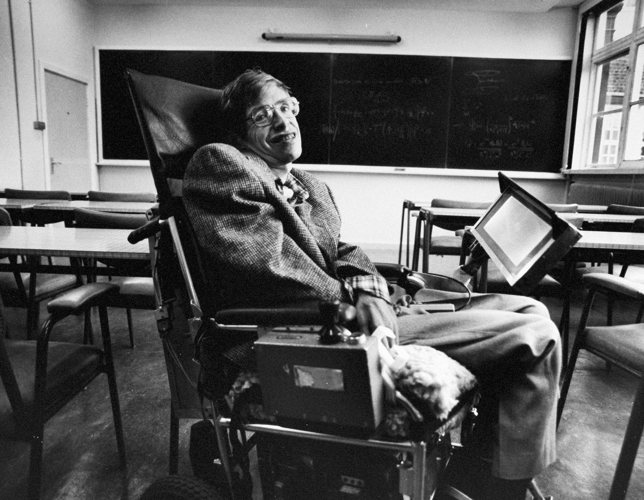 RIPさようならホーキング博士(76歳) ALS筋萎縮性側索硬化症 2
