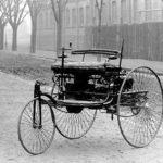 1908年 T型フォード誕生 馬車と自動車の共存時代は、人間とAI自動運転の共存時代